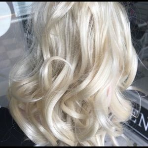 Accessories - Blonde hair piece pony tail jaw clip